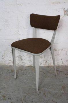 Ernest-race-chaise-vintage-BA3-BA23-662c