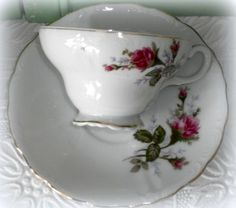 My china >>> 3 Vintage Moss Rose China Tea Cup and Saucer Sets - Japan