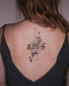 - # Tatouage # Tatouage traditionnel # Tatouage réaliste # Tatouage aquarelle … – # Tatouage # T - Bild Tattoos, Cute Tattoos, Small Tattoos, Girl Leg Tattoos, Floral Back Tattoos, Flower Tattoos, Feminine Back Tattoos, Spine Tattoos, Arm Tattoo
