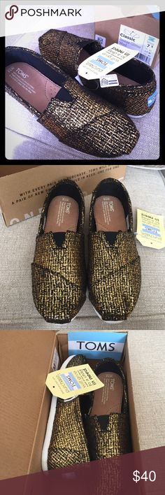 Brand new TOMS TOMS classic: Bronze Glitter Wool TOMS Shoes Flats & Loafers