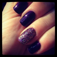 Pretty purple with a dash of sparkle. Create this look by sprinkling your nail with any glitter right before applying the top coat.   #gelnails #gelpolish