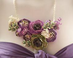 """http://2.bp.blogspot.com  """"blush-envy-bib-necklace""""  /_2zzuKstzZNU/TNbDy6ke8PI/AAAAAAAAEi4/CNHj2PvzOJ0/s1600/blush-envy-bib-necklace-2.jpg"""