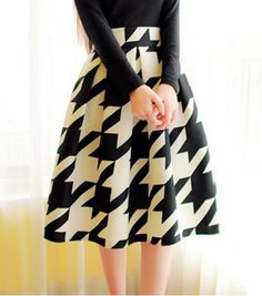 Vintage High-Waisted Houndstooth Ruffled Skirt