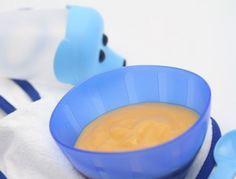 Babynahrung: Pfirsich-Bananen-Brei.