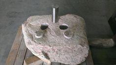 Asbestemming dubbel in zwerfkei met rvs koker