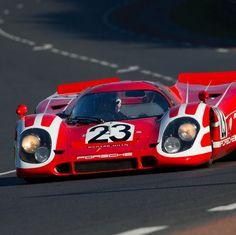 Famous Colours 917K Steve Mcqueen Le Mans, Slot Car Racing, Auto Racing, 24 Hours Le Mans, Porsche Motorsport, Pretty Cars, Old Race Cars, Ford Gt, Vintage Racing