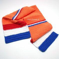 Een juichsjaal, voor bij het juich(huis)pak. #haken #crochet #wk