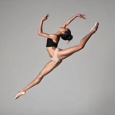 Beautiful dancer Courtney aka Coco Lavine artist with American Ballet Theatre Photo Dance Photography Poses, Dance Poses, Ballet Art, Ballet Dancers, Ballerinas, Ballerina Dancing, Black Dancers, American Ballet Theatre, Dance Movement