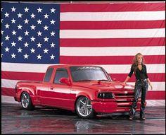 p8387_large+1994_ford_ranger_super_cab+front_side_passenger_view_american_flag.jpg (495×402)