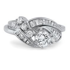 oh my lanta pretty sure i just found my dream engagementwedding ring ahhhh i want it but its one of a kind vintage not a reproduction so fml im - One Of A Kind Wedding Rings