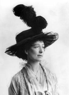 Ethel Anne Priscilla ('Ettie') Grenfell (née Fane), Lady Desborough ©National Portrait Gallery