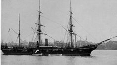USS Kearsarge, a Mohican-class sloop-of war, is best known for her defeat of the Confederate commerce raider CSS Alabama during the American Civil War. The Kearsarge was the only ship of the United States Navy named for Mount Kearsarge in New Hampshire. American Civil War, American History, Sloop Of War, Uss Kearsarge, Civil War Books, Naval History, Military History, Us Navy Ships, Man Of War