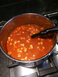 Tomaten soep met courgette garnituur