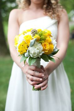 Bridesmaid bouquet of yarrow, craspedia, spray roses, and more - Brae Howard Photography