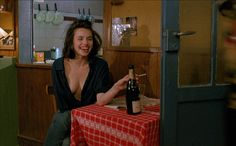 Betty Blue is a 1986 French film. Its original French title is le matin, which means in the Morning. The film was directed by Jean-Jacques Beineix and stars Béatrice Dalle and Jean-Hugues Anglade. Betty Blue, Olive Oyl, Jenifer Aniston, Isabelle Adjani, Films Cinema, Film Inspiration, French Films, Film Aesthetic, Film Stills