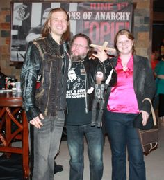Hanging out with Opie from SOA! Darrionette version kept the beard