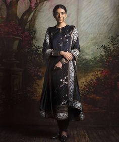 Explore the most extensive collection of Sabyasachi suits. His stylish outfits are must-haves for every ethnic wardrobe. Lehenga, Anarkali, Pakistani Outfits, Indian Outfits, Indian Clothes, Oriental Clothes, India Fashion, Ethnic Fashion, Asian Fashion