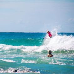 Mick Fanning at Snapper Rocks during Quicksilver pro last march  by soturg