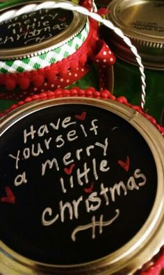 Mason jar chalkboard lid. Jar to fill with Christmas cookies. 2014