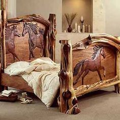 Log Bed Frame with carved horses. This is amazing! Rustic Log Furniture, Western Furniture, Wood Furniture, Furniture Design, Bedroom Furniture, Western Style, Country Style, Country Life, Carved Beds