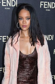 Rihanna and more embrace the heavy black eyeliner trend.