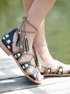 Sandals with ankle ties...