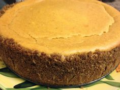 Pumpkin Cheesecake with Gingersnap Crust Tiramisu Cheesecake, Pumpkin Cheesecake, Cream Cheese Bars, Ginger Snaps, Sweet Life, Cornbread, Great Recipes, Nom Nom, Dolce Vita