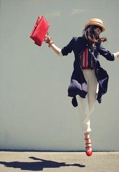 Azul blanco rojo #FranckProvost #parisienne #parisiangirl #glamour #chic #tendencia #moda #altacostura #mademoiselle #provost Inspiración Franck Provost