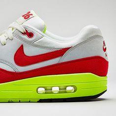 Nike Air Max 1 Premium QS   3.26 Birthday