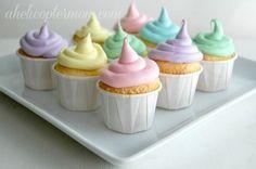 Mini Pastel Cupcakes - Tiny bite size treats. They are so cute and so yummy!