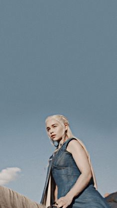 Are you searching for ideas for got khaleesi?Browse around this site for unique Game of Thrones pictures. These wonderful memes will make you happy. Winter Is Here, Winter Is Coming, Daenerys Targaryen Aesthetic, Deanerys Targaryen, Arte Game Of Thrones, Game Of Thones, Got Characters, Game Of Throne Daenerys, Best Series