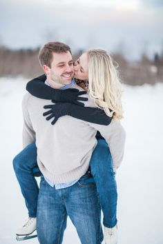 Michigan Ice Skating Engagement Photos  Photography by: Wren Photography