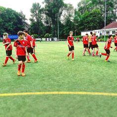 Auf die Position #FussballMitBiss #Fußball #Fussball  #Sponsoring #prodente #trikotsponsoring #werbung #zähne #zahngesundheit #Spieltag #Aufstieg #Rückrunde #Aufstiegsrunde #Soccer #Football #matchday #match #prodente #Kunstrasen #U13 #DJugend #field #goal #whistle #kickoff
