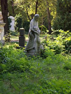 Kerepesi Cemetery ~ Budapest, Hungary, where most of the famous Hungarians are buried. Interesting place, but not the safest area at night. #Budapest