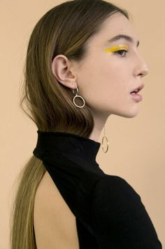 makeup for the Poses, Portrait Photography, Fashion Photography, Jewelry Photography, Pinterest Makeup, Foto Pose, Photo Jewelry, Fine Jewelry, Jewellery