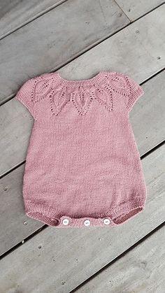 Knit Baby Romper pattern