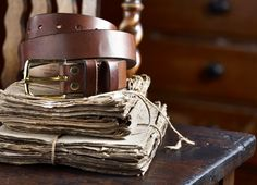 These leather belts are created from British leather tanned at Britain's last remaining oak bark tannery using sustainable English oak bark, which gives each individual belt a unique finish and grain
