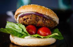 Το απόλυτο veggie burger από φασόλια και μανιτάρια, με μαγιονέζα δίχως αυγό - Συνταγές - Light & Healthy | γαστρονόμος