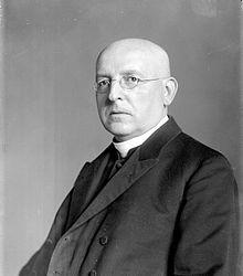Ignaz Seipel (* 19. Juli 1876 in Wien; † 2. August 1932 in Pernitz) war ein österreichischer Prälat, katholischer Theologe, Politiker (CS) und Bundeskanzler. Abraham Lincoln, Politicians, Catholic