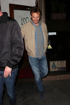 Michael Fassbender leaving Italian restaurant Madeo in Los Angeles after having dinner with 'X-Men' producer Simon Kinberg on February 7th 2017
