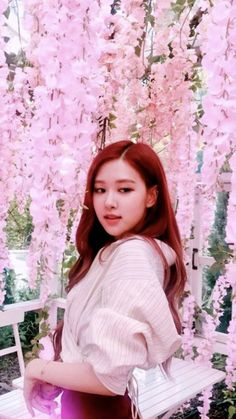 Female K-Pop band, Blackpink, are taking the music world by storm, wi. Kpop Girl Groups, Kpop Girls, Yg Entertainment, Pink Rose Pictures, Square Two, Rose Bonbon, 168, Blackpink Members, Mileena