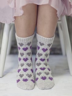 Sydänaiheiset villasukat Novita Nalle | Novita knits