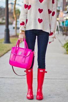 Hunter Boots Military Red Nasty Gal White Heart on Sweater Kate Spade Florence Pink Satchel