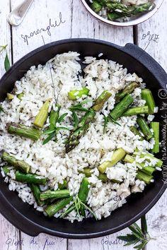 bucatar maniac: Orez cu piept de pui si sparanghel Cobb Salad, Feta, Cheese
