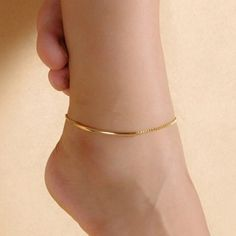 Purchase Women Golden Tone Elbow Pipe Chain Anklet Bracelet Barefoot Sandal Foot Jewelry from Aofa on OpenSky. Share and compare all Jewelry. Bracelet Friendship, Beach Foot Jewelry, Anklet Designs, Tatto Designs, Accesorios Casual, Gold Anklet, Women's Anklets, Ankle Jewelry, Black Gold Jewelry