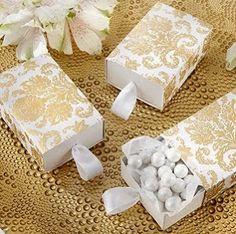 Edible Wedding Favors in elegant boxes