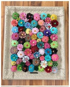 16 Stunning DIY Rustic Wall Art Projects Your Home Decor Needs Diy Crafts For Home diy art craft projects for home Pine Cone Art, Pine Cone Crafts, Pine Cones, Diy Home Crafts, Diy Arts And Crafts, Easy Crafts, Decor Crafts, Kids Crafts, Rustic Wall Art