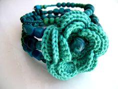 Beads: Big flower crochet bracelet with beads - Inspiration.