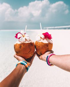 For me, the Maldives is what comes to mind, with its crystal clear aquarium-like lagoons & palm tree fringed islands. Beach Aesthetic, Summer Aesthetic, Aesthetic Food, Beach Club, Sup Yoga, Tropical Vibes, Summer Drinks, Summer Vibes, Holiday Fun