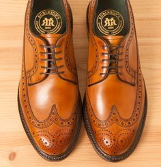 Andrew Jackson in Whiskey Andrew Jackson, Shoe Designs, Shoe Brands, Designer Shoes, Whiskey, Derby, Oxford Shoes, Dress Shoes, Lace Up